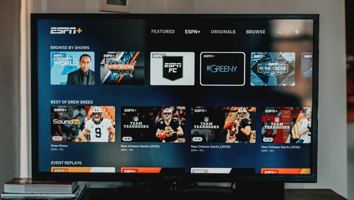 Televize, na které běží streamovací služba Amazon Prime.